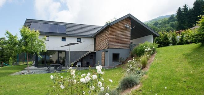 actualit s chanvre lin auvergne rhone alpes architecture une maison bioclimatique la. Black Bedroom Furniture Sets. Home Design Ideas