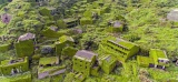 [vidéo] Is This the Most Beautiful Ghost Town Ever? Drone Video Captures Chinese Village Reclaimed by Nature